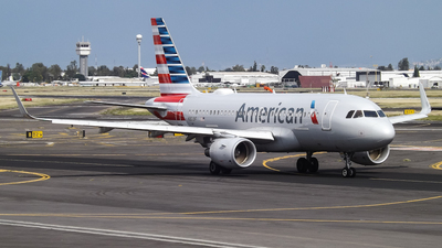N9019F - Airbus A319-115 - American Airlines