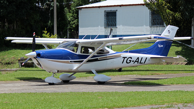 TG-ALI - Cessna 182 - Private