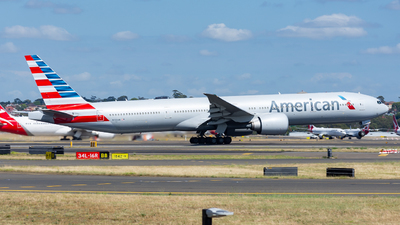 A picture of N723AN - Boeing 777323(ER) - American Airlines - © John Zhao