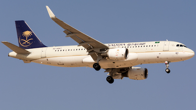 HZ-AS67 - Airbus A320-214 - Saudi Arabian Airlines