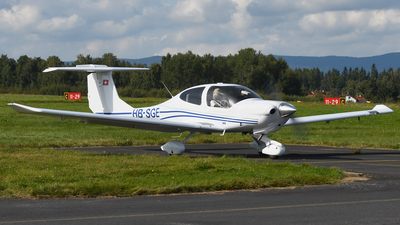HB-SGE - Diamond DA-40 Diamond Star - Private