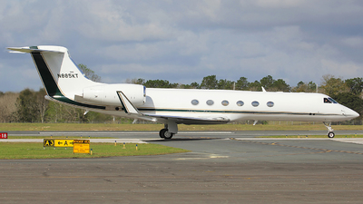 N885KT - Gulfstream G-V - Private
