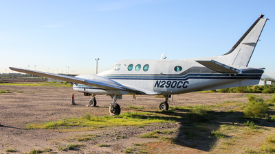 N290CC - Beechcraft A90 King Air - Private