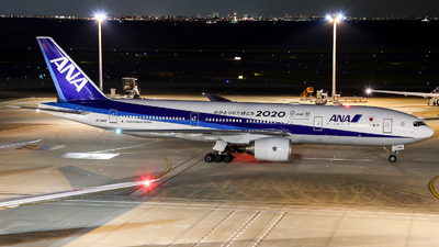 JA744A - Boeing 777-281(ER) - All Nippon Airways (ANA)
