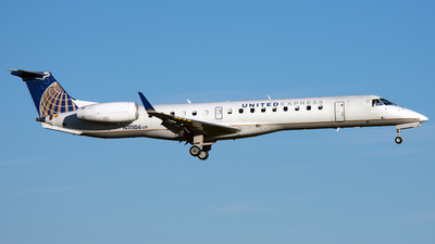A picture of N11106 - Embraer ERJ145XR - United Airlines - © PAUL LINK