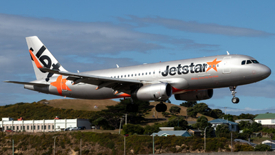 VH-VFL - Airbus A320-232 - Jetstar Airways