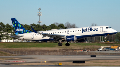 A picture of N179JB - Embraer E190AR - JetBlue Airways - © Yan777