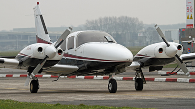 T7-RAR - Piper PA-34-200T Seneca II - Private