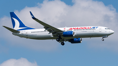 A picture of TCJFZ - Boeing 7378F2 - Turkish Airlines - © Chr.Schulenberg