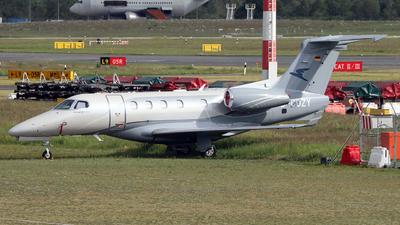 D-COZY - Embraer 505 Phenom 300E - Private