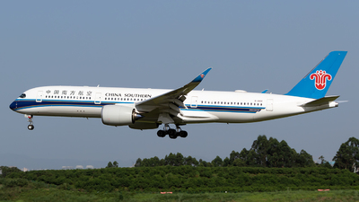 B-30CE - Airbus A350-941 - China Southern Airlines