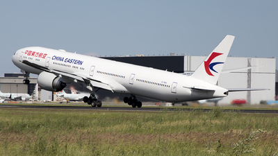 B-7883 - Boeing 777-39PER - China Eastern Airlines