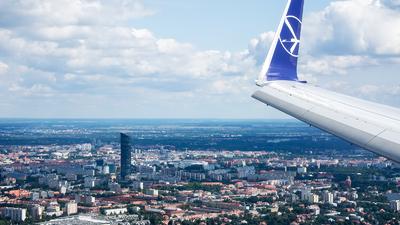 SP-LWF - Boeing 737-86N - LOT Polish Airlines