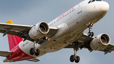 EC-MFO - Airbus A319-111 - Iberia