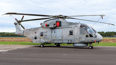 ZH851 - Agusta-Westland Merlin HM.1 - United Kingdom - Royal Navy
