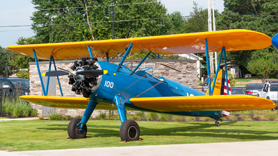 N52573 - Boeing A75N1 Stearman - Private