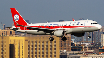 A picture of B1882 - Airbus A320214 - Sichuan Airlines - © zzy020213