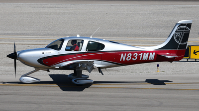 A picture of N831MM - Cirrus SR22T - [0493] - © BaszB