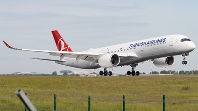 A picture of TCLGD - Airbus A350941 - Turkish Airlines - © Alewx