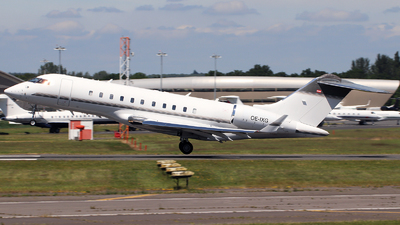 OE-IXG - Bombardier BD-700-1A11 Global 5000 - Private