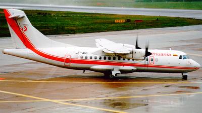 LY-ARI - ATR 42-300 - Air Lithuania