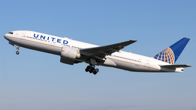 A picture of N57016 - Boeing 777224(ER) - United Airlines - © Conor McGeehan