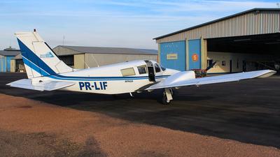 PR-LIF - Piper PA-34-200 Seneca - Aero Club - Santa Cruz