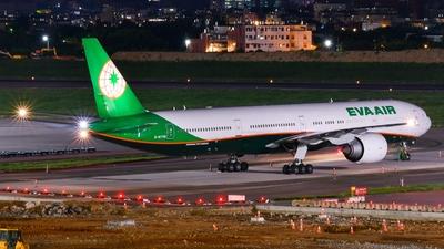 A picture of B16736 - Boeing 77736N(ER) - EVA Air - © Cheng Lin Tsai