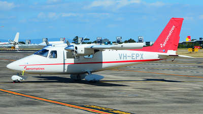 A picture of VHEPX - Vulcanair P.68C - [513/C] - © George Canciani