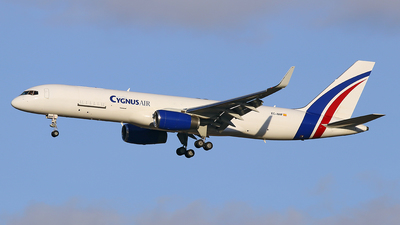 EC-NHF - Boeing 757-223(PCF) - Cygnus Air