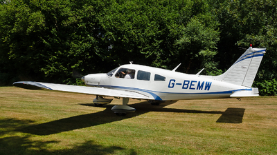 G-BEMW - Piper PA-28-181 Cherokee Archer II - Private
