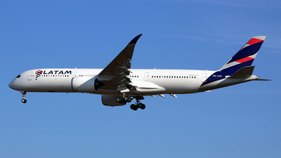 PR-XTF - Airbus A350-941 - LATAM Airlines