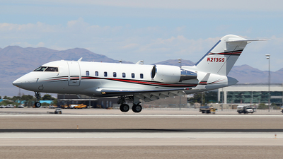 N213GS - Bombardier CL-600-2B16 Challenger 605 - Private