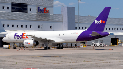 C-FMOC - Boeing 757-2B7(SF) - Fedex (Morningstar Air Express)