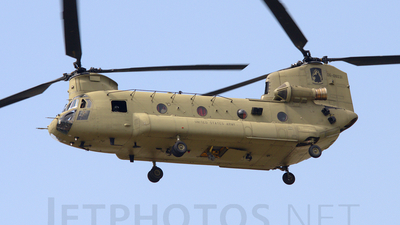 06-08031 - Boeing CH-47F Chinook - United States - US Army