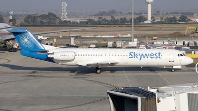 VH-FNJ - Fokker 100 - SkyWest Airlines
