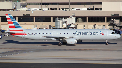N172US - Airbus A321-211 - American Airlines