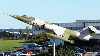 23-30 - Lockheed F-104G Starfighter - Germany - Air Force