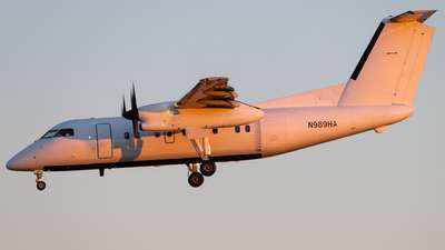N989HA - Bombardier Dash 8-Q202 - Berry Aviation