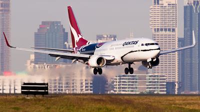 VH-XZJ - Boeing 737-838 - Qantas