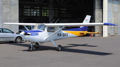 HA-SKV - Cessna 152 II - Private