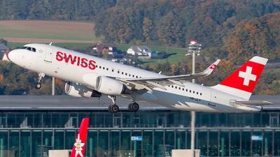 HB-JLT - Airbus A320-214 - Swiss