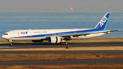 A picture of JA788A - Boeing 777381(ER) - All Nippon Airways - © tomobile