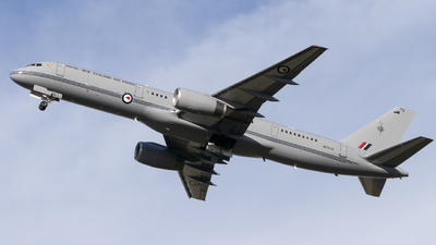 NZ7572 - Boeing 757-2K2(C) - New Zealand - Royal New Zealand Air Force (RNZAF)