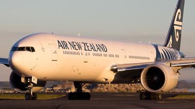 ZK-OKR - Boeing 777-319ER - Air New Zealand
