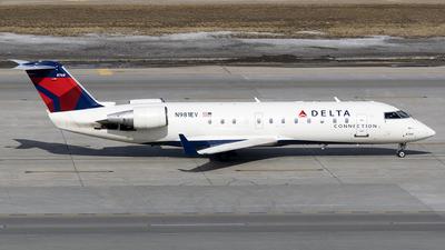 A picture of N981EV - Mitsubishi CRJ200ER - Delta Air Lines - © John Newsome