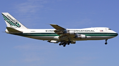 N481EV - Boeing 747-132(SF) - Evergreen International Airlines