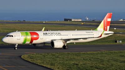A picture of CSTJN - Airbus A321251N - TAP Air Portugal - © Antonio Batista