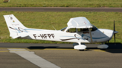 F-HFPF - Cessna 172S Skyhawk SP - Private