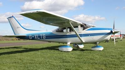 A picture of GXLTG - Cessna 182S Skylane - [18280234] - © Ian Johnson